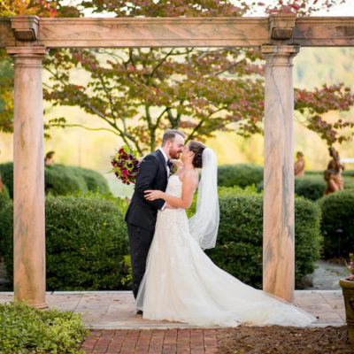 Vibrant Fall Wedding with the Prettiest Colors // Sarah & Cody