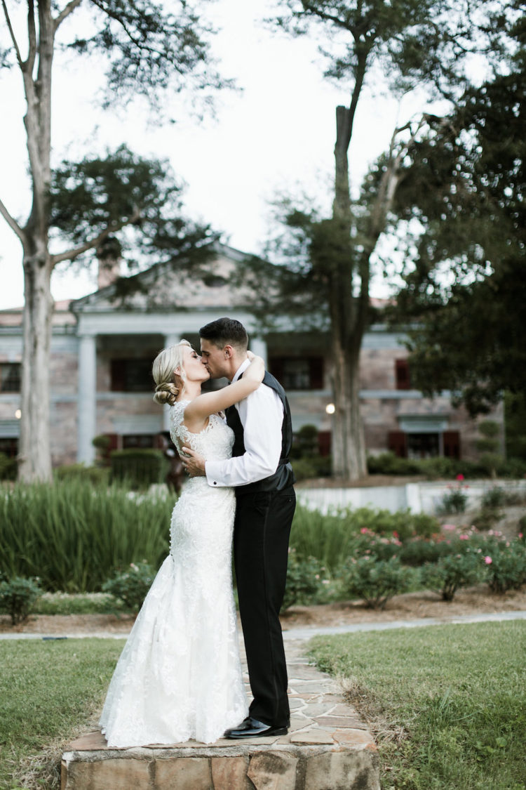 Benefits of an In-House North Georgia Wedding at The Tate House